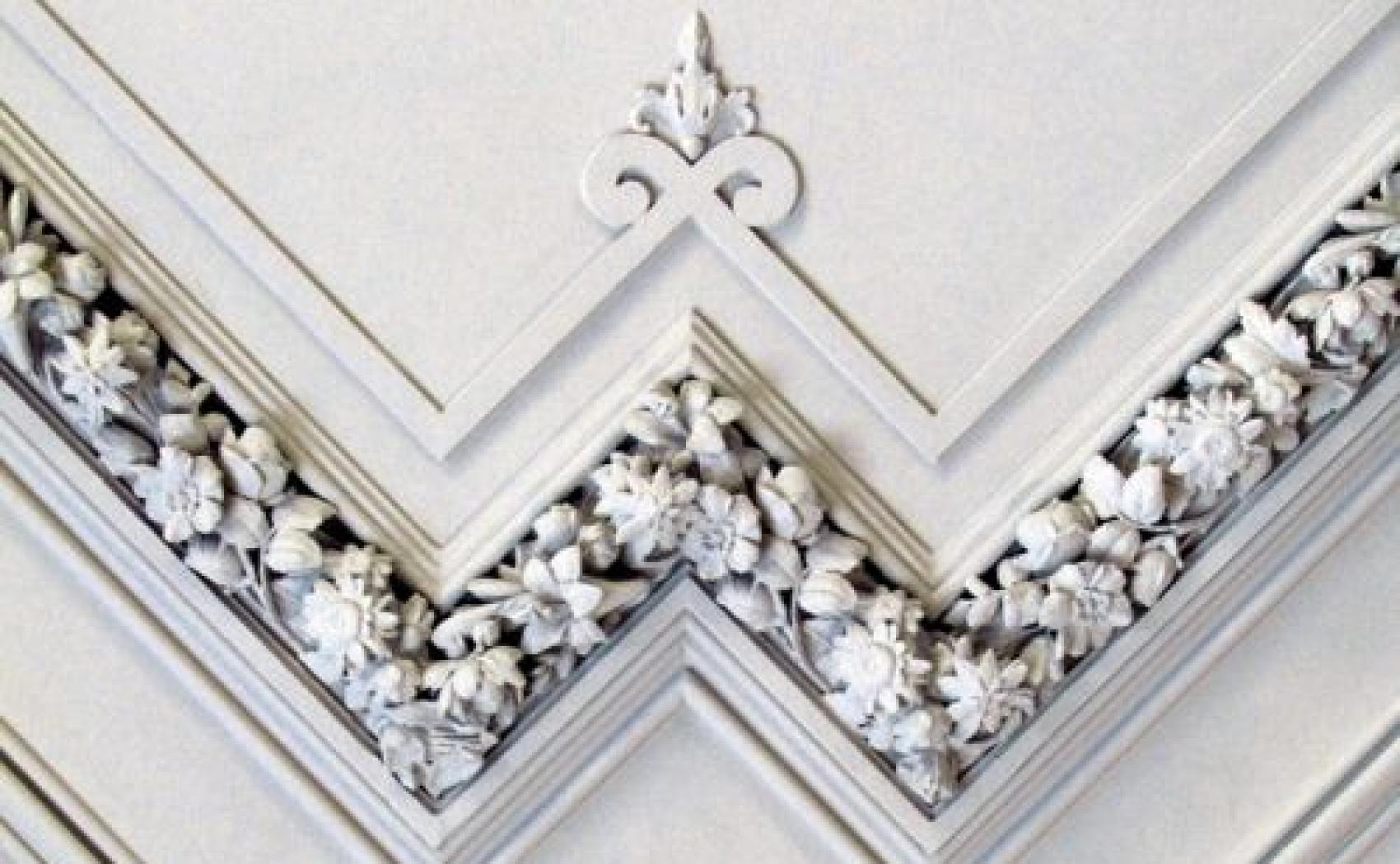 Cornici in gesso e stucco padova boschetto - Decori in gesso per interni ...